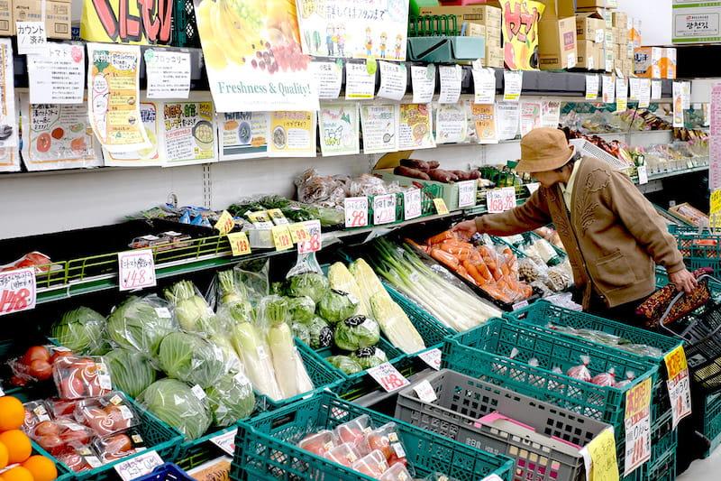 ナカヤで販売している多くのお野菜も、生産された県まではわかりますが、誰が作ったものなのかまでを知ることはできません。