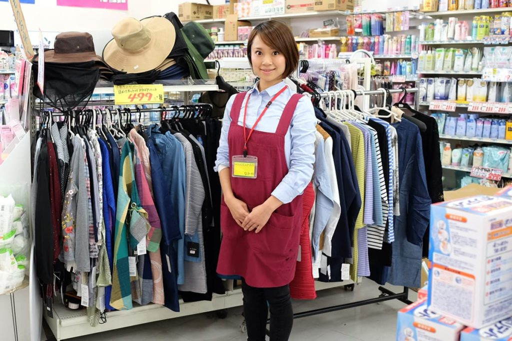 ファッションの仕入れは、わたくし奈緒次長が担当しています。